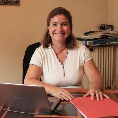 Karine Vigouroux <br/><span style='font-size: 0.7em'>Expert-Comptable et <br/>Commissaire aux Comptes</span>